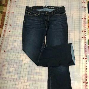 Levi jeans modern boot cut size 18